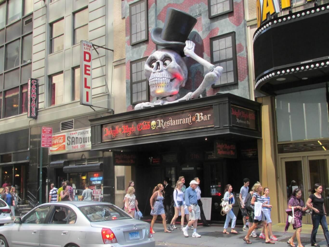 Mr Broadway New York Restaurant