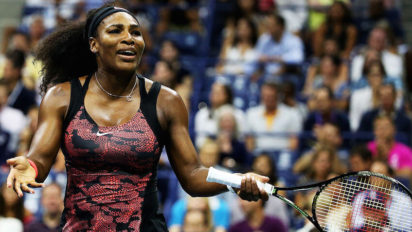 Fairness: Serena Spends First Few Rounds Trying Lefty