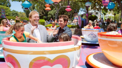 Mark Davis To Move Raiders To Disneyland So He Can Go On All The Rides