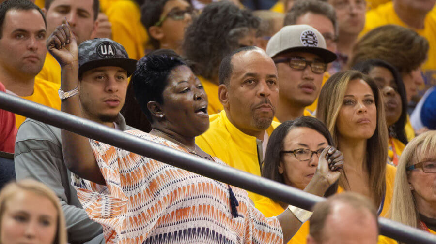 2704c93cf724 Kevin Durant s Mom Joins the Curry Family